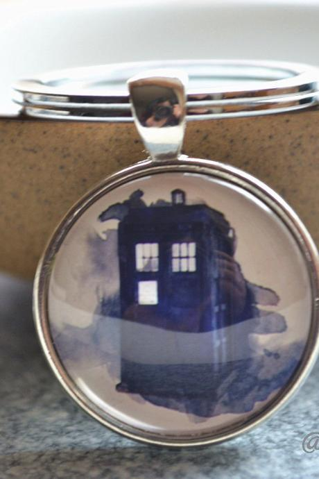 Tardis keychain- Police box picture key ring- doctor who Jewelry - Statement Jewelry -glass dome pendant - Picture pocket watch necklace