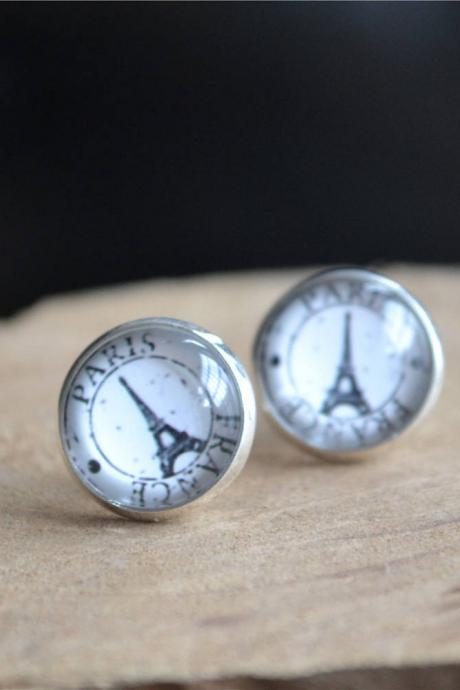 EIFFEL TOWER EARRINGS -Eiffel tower studs earrigns - Cabochon Studs, French Earrings - Paris Jewelry -Travel Gift - Graduation Gift