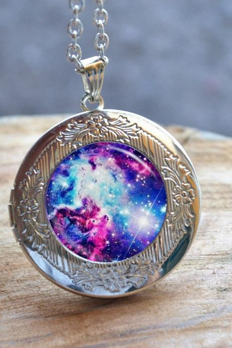 Purple Galaxy Necklace - Galaxy Locket Necklace - Starry Sky Picture Jewelry - Personalized Photo Locket Pendant Necklace - Photo Frame